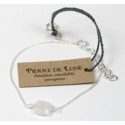 Bracelet en argent. coussin de Pierre de Lune 7 mm