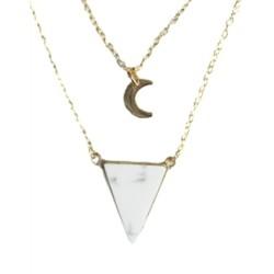 Collier Howlite Blanche Triangle et Lune Chaîne dorée